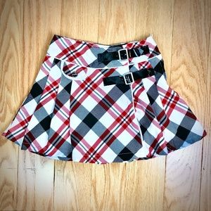 Girls Size 6 Plaid Belted Skirt
